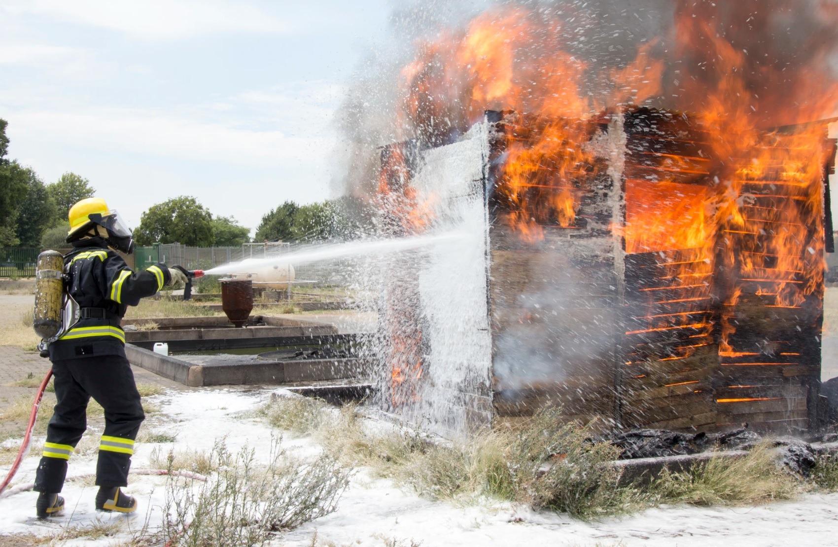 消防員患創傷後遺症都保?即睇邊間意外保險保障紀律部隊!
